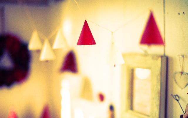 CSSで三角形を作る方法と理屈について