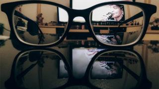 JINS PCメガネでブルーライトをカット!PC作業におすすめのメガネ