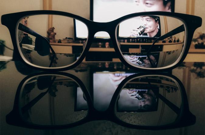 JINS PCでブルーライトをカット!PC作業におすすめのメガネ